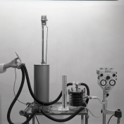 2016_107_016a Respirator, 1968