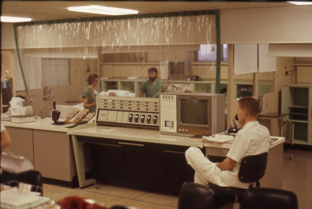 2016_107_028b The central Spacelabs monitor in the central nursing station in the ICU, 1970