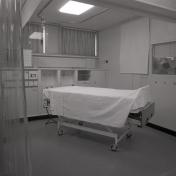 2016_107_035d Interior ICU, 1973
