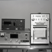2016_107_040a Cardiac output computer, 1973