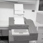 2016_107_052b Computer terminal in ICU, 1975