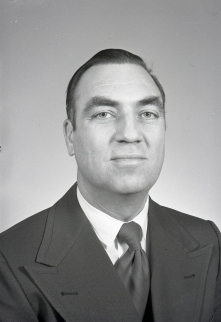 Dr. A. Downs, 1966