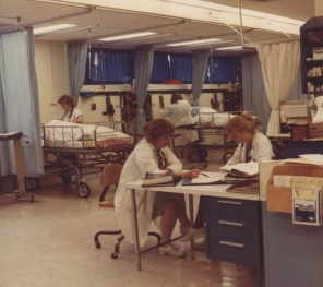 PACU (Recovery Room): Student and teacher