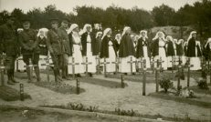 [Nursing sisters at funeral for nursing sister Ada Janet Ross, July 1918.]