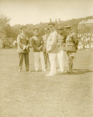 Canadian and American officers at Dominion Day sports [event] 1918. Buxton, England