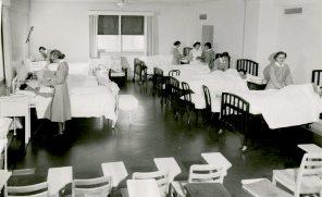 Nursing Arts Demonstration Room 5th Floor Maternity Pavilion circa 1950. HSC Archives/Museum 998.14.8 F4_SF2_P1_007