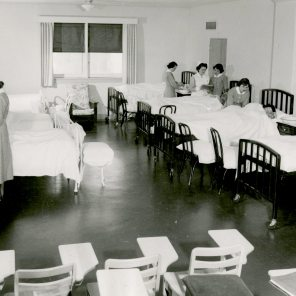 Nursing Arts Demonstration Room 5th Floor Maternity Pavilion circa 1950. HSC Archives/Museum 998.14.8 F4_SF2_P1_007