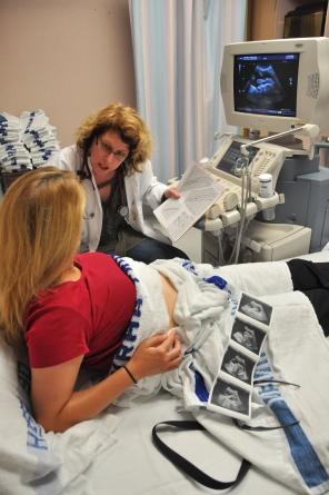 Fetal Assessment Unit, 2009. HSC Communications