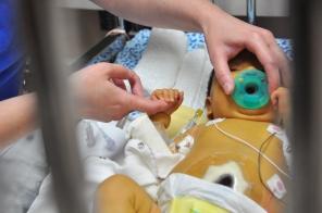 NICU Intermediate Care, Checkup, 2009. HSC Communications